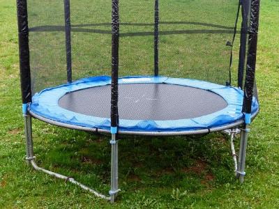 Trampoline für Kinder für den Garten